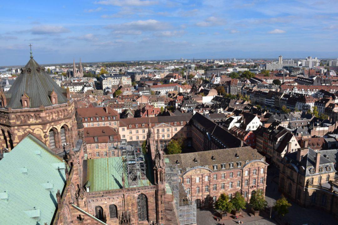 Vue de la cathédrale notre dame de strasbourg2