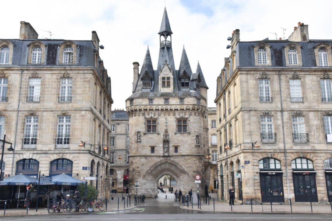 Architecture Porte Cailhau à Bordeaux