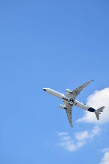 Airbus A350 en vol au salon du bourget