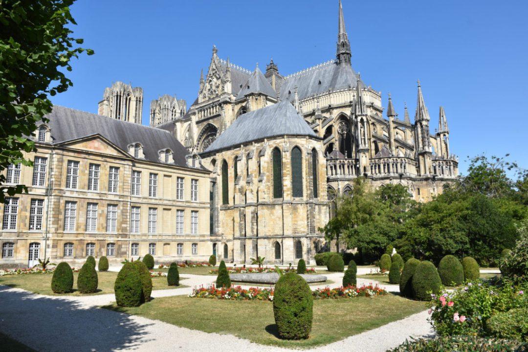 Cathédrale Notre-Dame de Reims et ses jardins