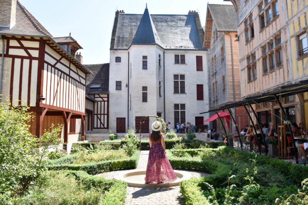 Jardin juvénal des ursins à Troyes
