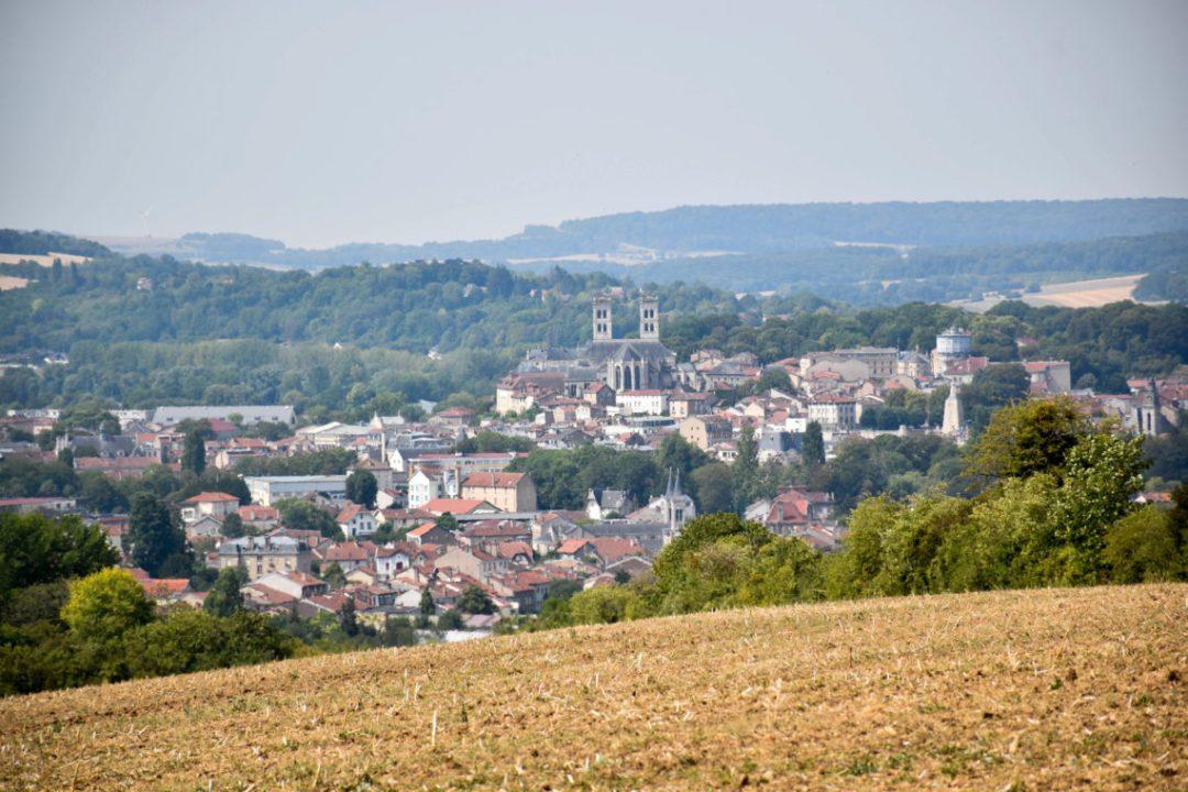 Vue sur la ville de Verdun depuis les champs