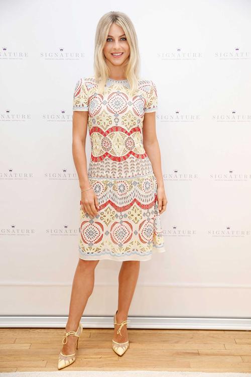Julianne Hough kicks off Hallmark Signature's pop-up shop in SoHo during New York Fashion Week