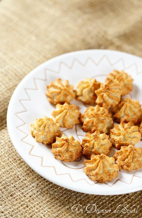Biscuits à la pâte d'amande et fleur d'oranger. Faciles et sans gluten.