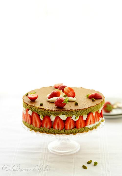 Recettes avec les fraises. Fraisier ricotta pistache