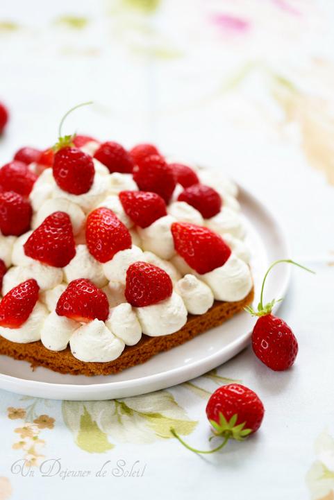 Tarte aux fraises, chantilly mascarpone et sablé breton