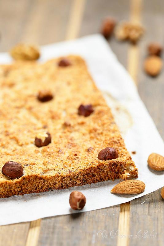 Biscuit Dacquoise : recette de base, astuces et variantes pour bûches et entremets