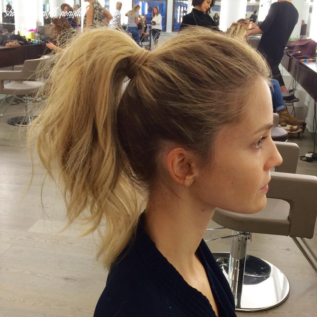 11 messy ponytails for every occasion reviewtiful shoulder length ponytail