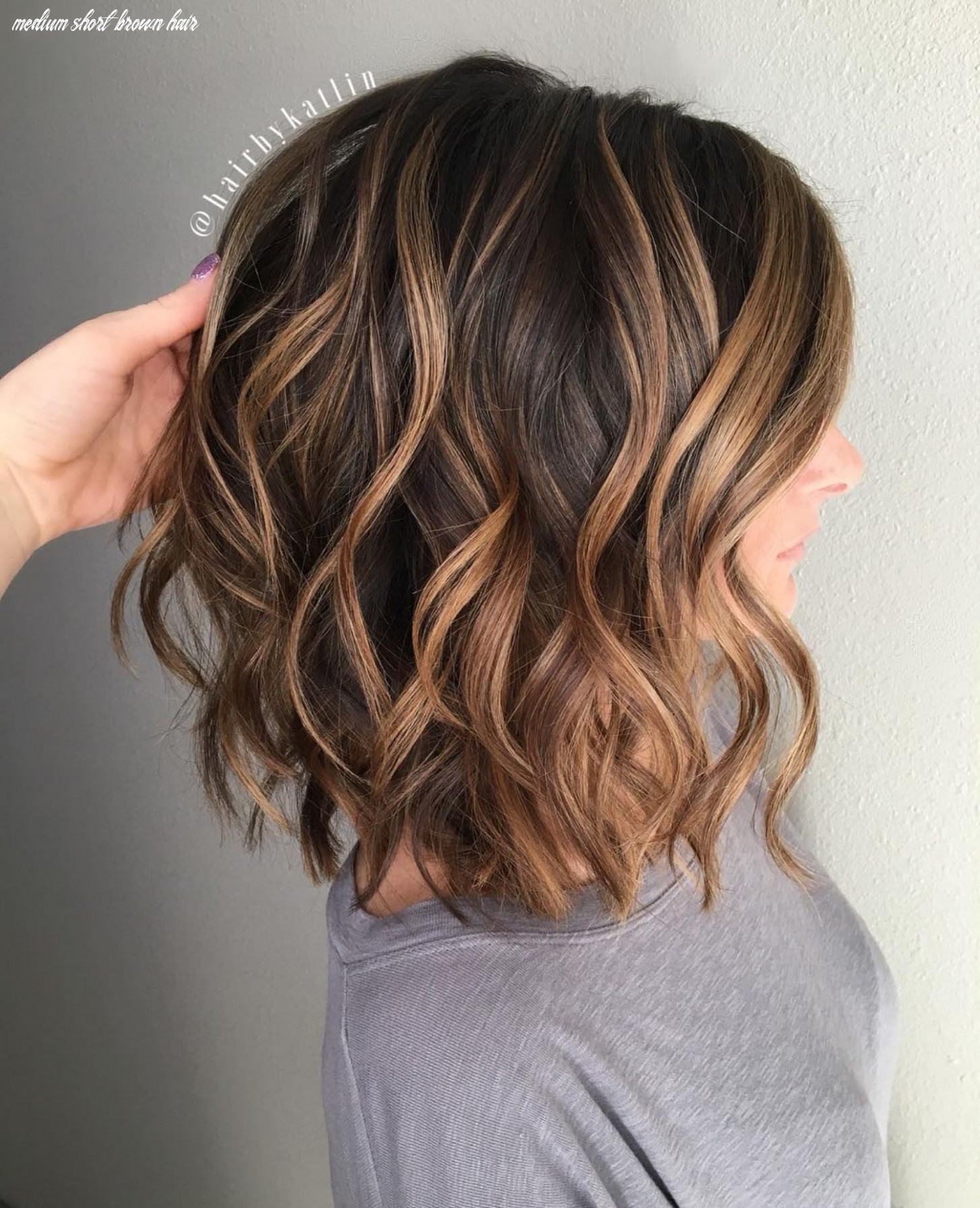 8 fun and flattering medium hairstyles for women | medium hair styles medium short brown hair