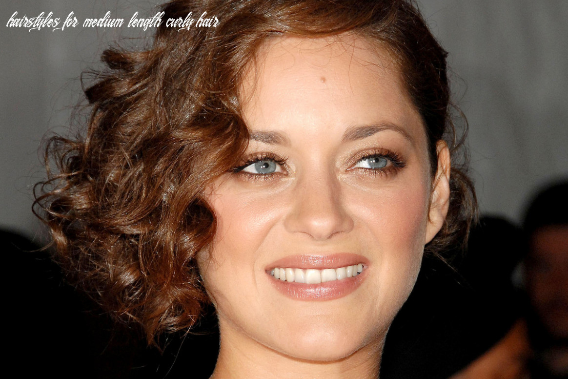 10 of the best hairstyles for medium length curly hair the