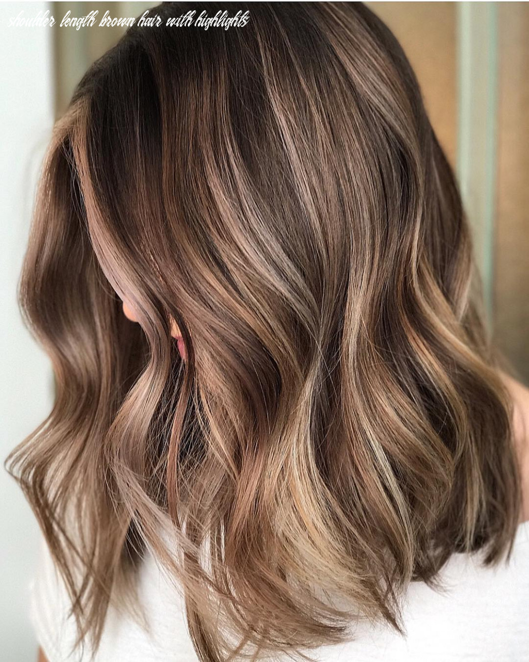 11 trendy brown balayage hairstyles for medium length hair 11 shoulder length brown hair with highlights