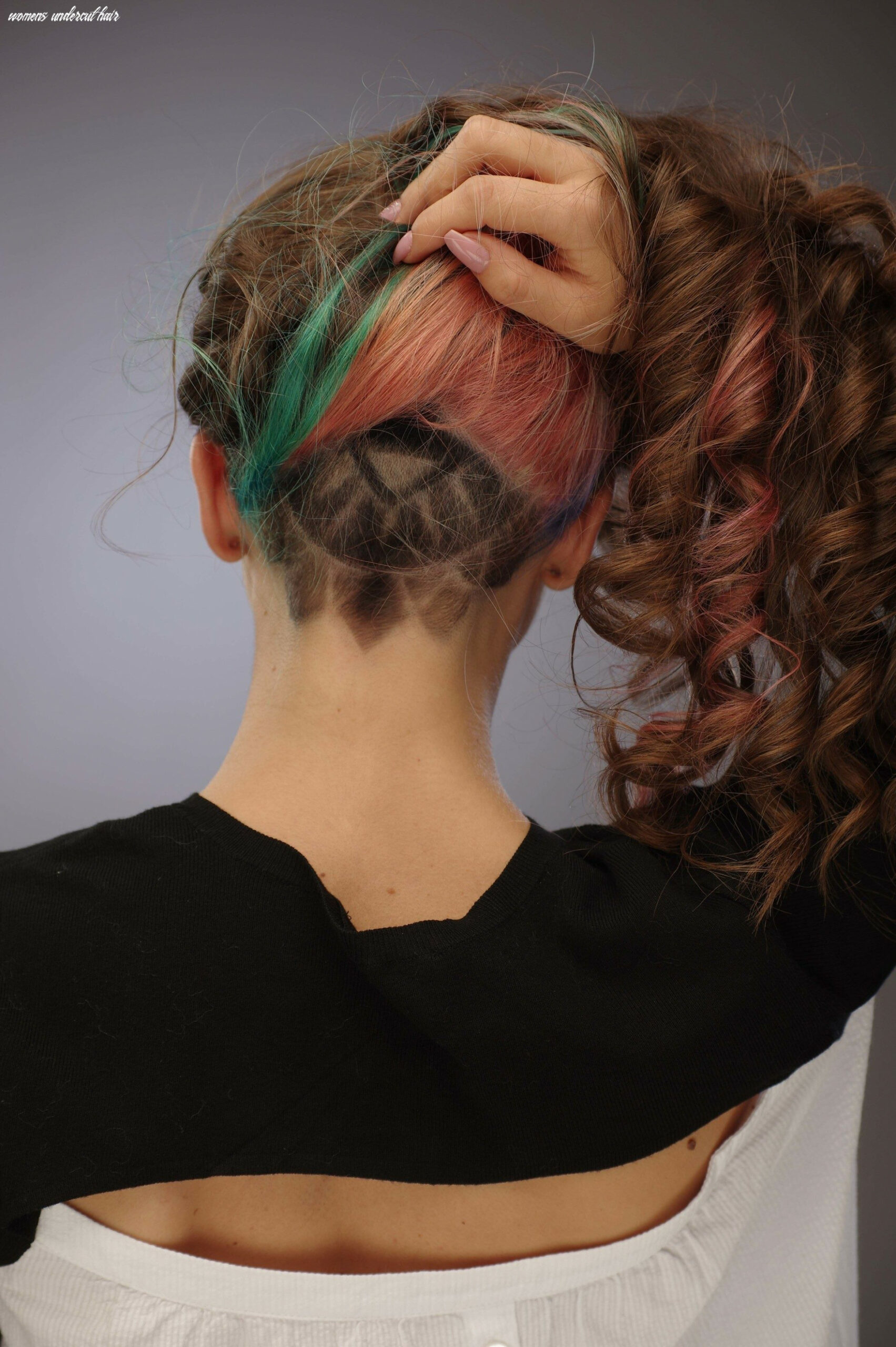 Undercut for women: the ideal way to manage thick and long hair womens undercut hair
