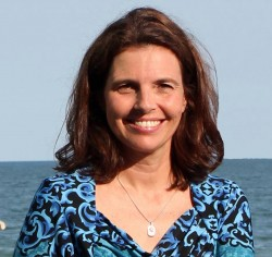 Alannah Lynne Author Photo