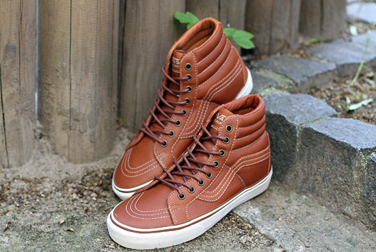 00bcec716b Related. Vans California - Sk8-Hi Boat CA ...