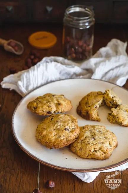cookies aux noisettes et chocolat (aux jaunes d'oeuf)