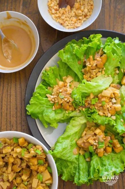 wraps de laitue et tofu cuisine asiatique