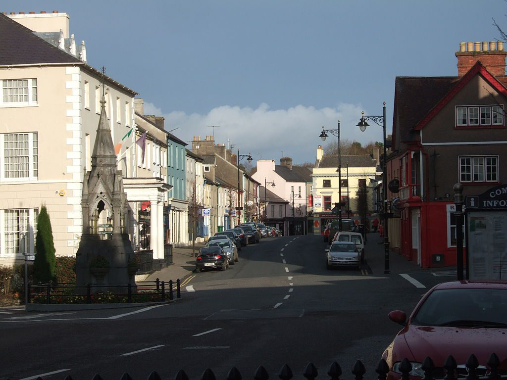 The town of Lismore in Ireland where Dervla Murphy lives   © Ulleskelf/Wikimedia Commons