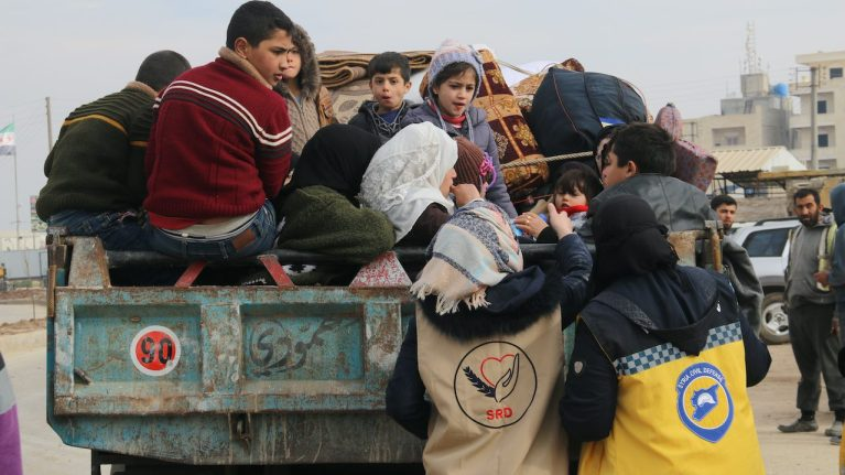 Relief teams distribute aid to Syrian refugees | © Mohammad Bash/Shutterstock