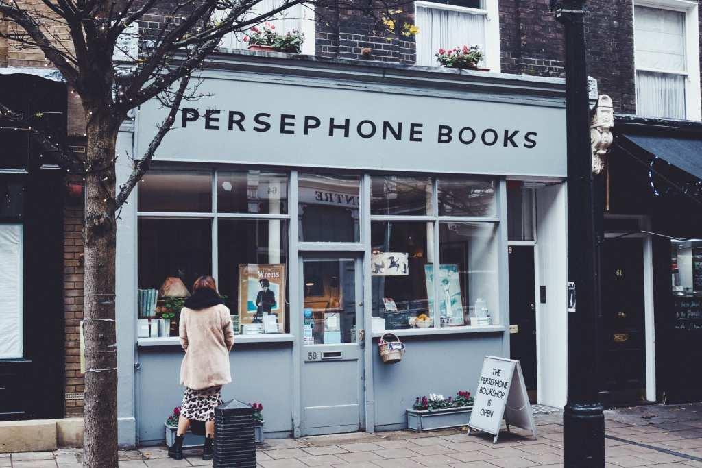 Persephone Books in London is a feminist bookshop celebrating female writers © | Alex Saint