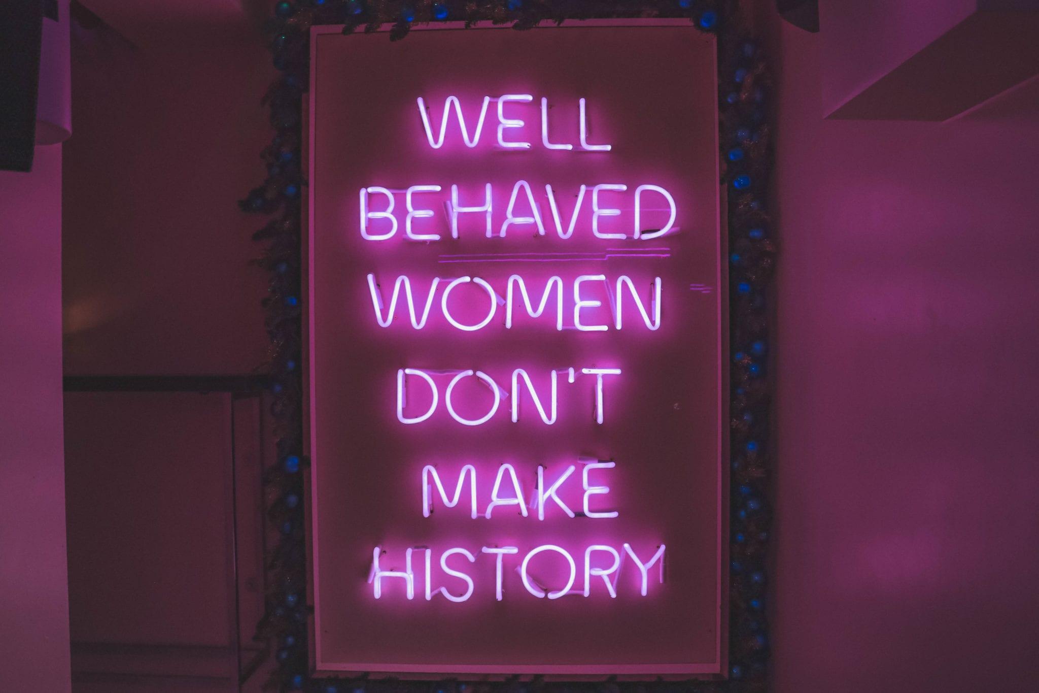 Neon sign at Tonight Josephine in London | © Alex Saint