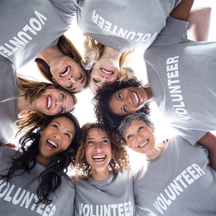 The Best Volunteer Vacations that Support Women