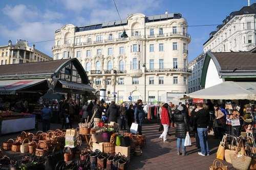 Naschmarkt in Vienna | © böhringer friedrich/Wikipedia Commons