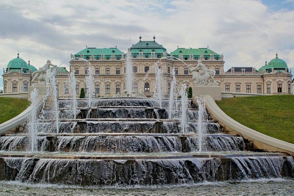 The Belvedere Palace and Museum in Vienna, Austria   © Dušan veverkolog/Unsplash