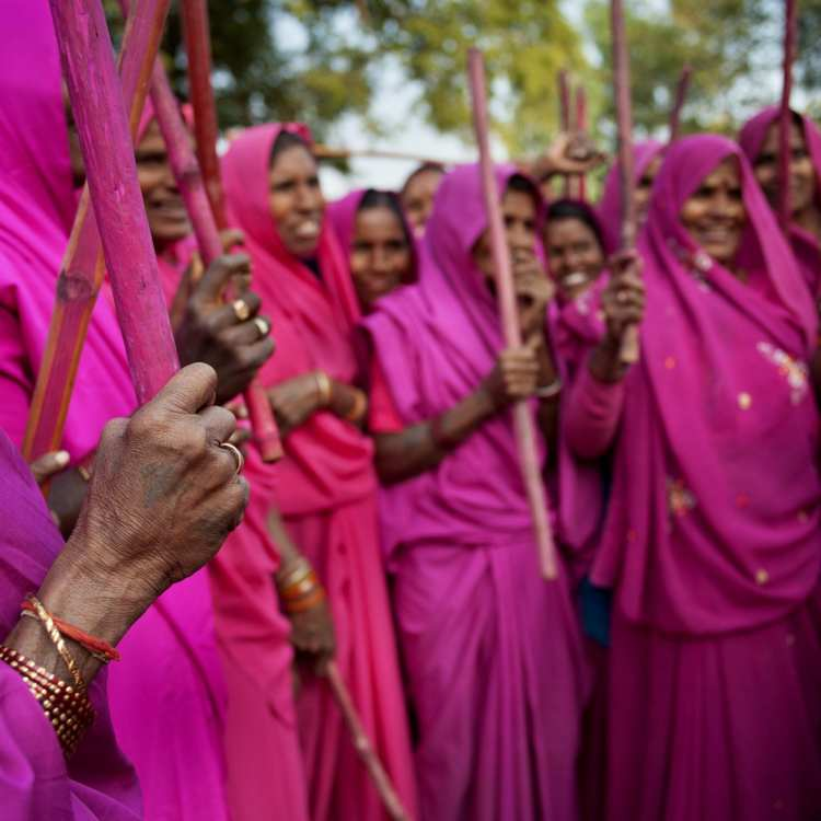 India's Pink Clad Vigilantes, the Gulabi Gang