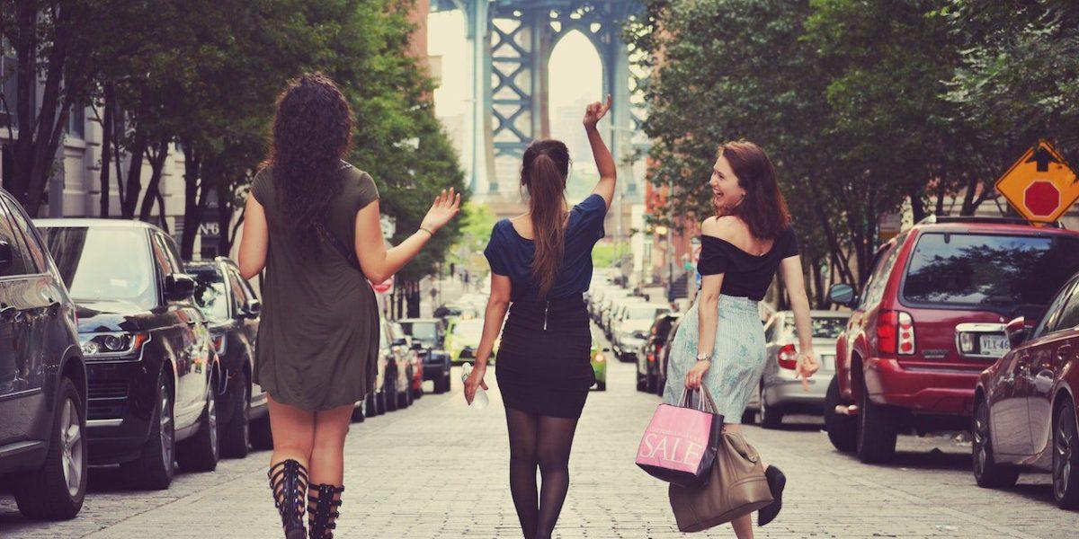 Discover feminist walking tours in cities including New York, Paris, Berlin, and more.   © Matias Difabio/Unsplash