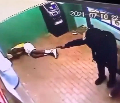 WATCH: Emptied The Whole Clip: Man Gets Gunned Down Inside A Fast Food Joint In Philly!