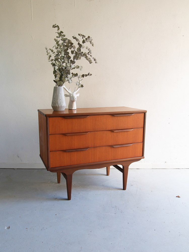 commode scandinave teck 12