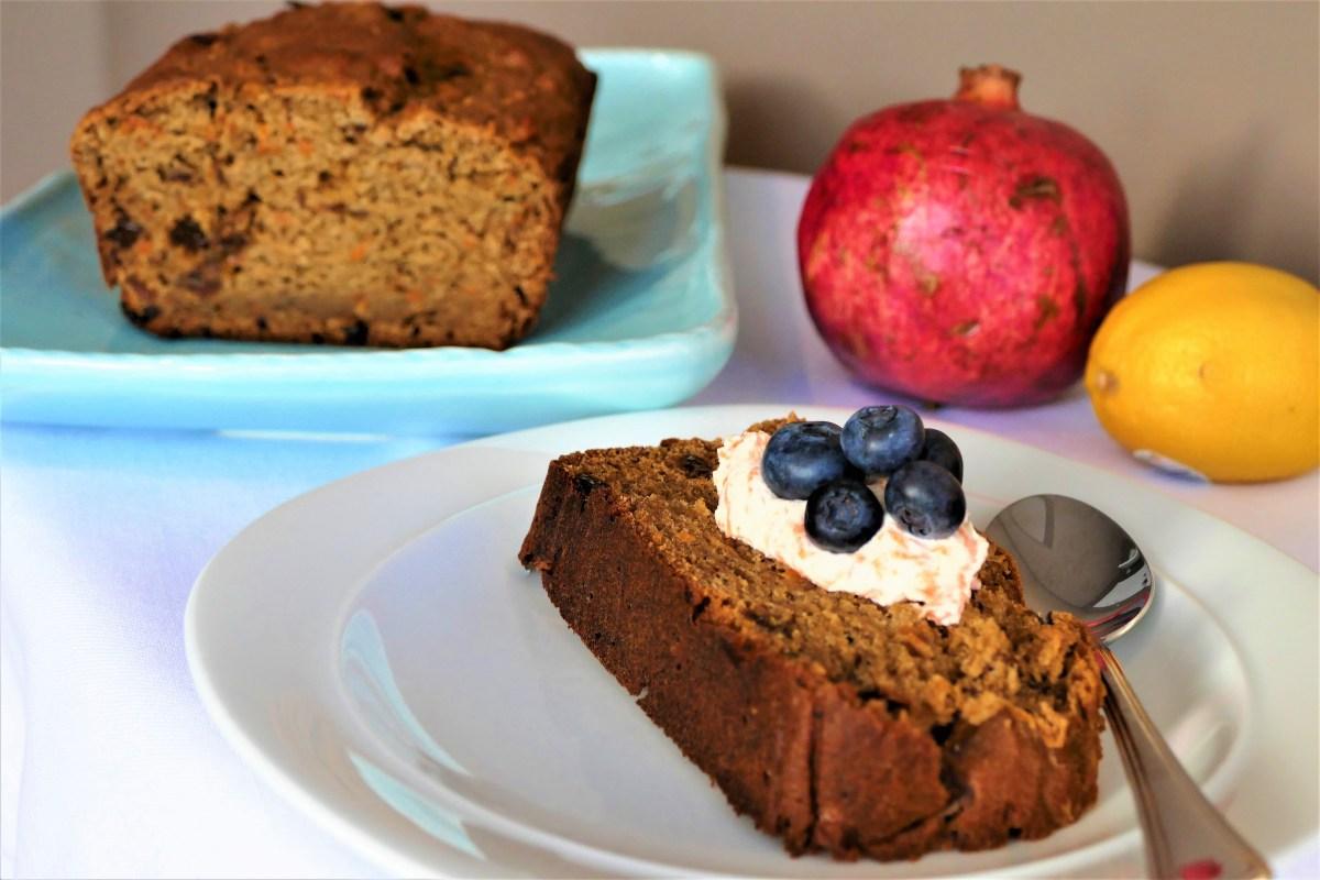 Pain ou cake sans sucre aux carotte, datte et pomme