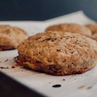 Petits pains d'épeautre et de sarrasin sans levure