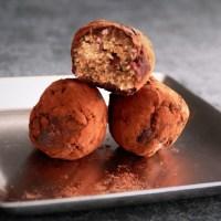 Truffes (fausses) énergisantes part. 2 aux pacanes et au cacao