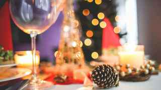 How to Throw a Fabulous Holiday Party on a Budget