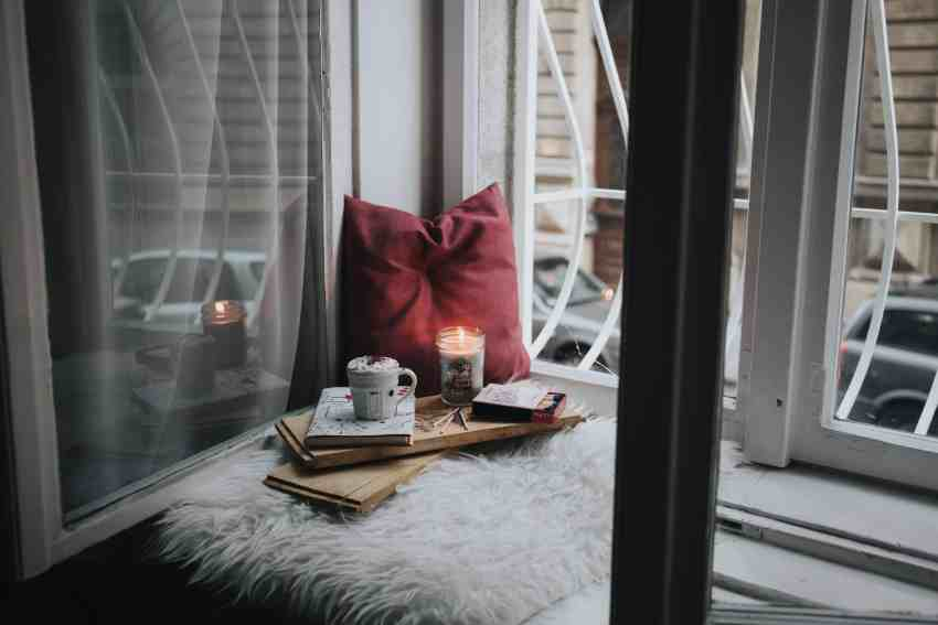 Want to know how to make your bedroom cozy? Check out these 19 warm and cozy bedroom ideas. You'll sleep much better by using these cozy room ideas!