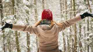 75 Winter Bucket List Ideas to Help You Enjoy the Season More