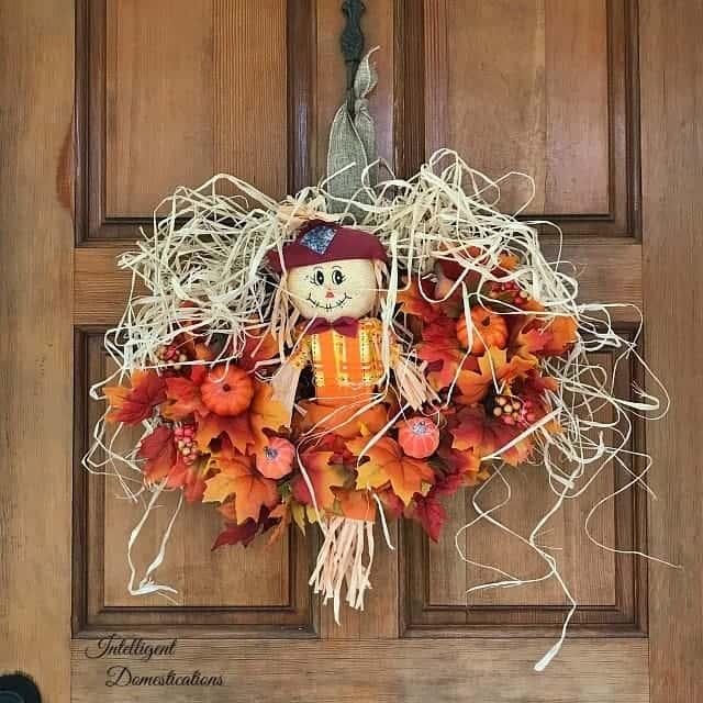 Scarecrow Fall Wreath Tutorial