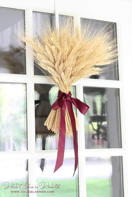 DIY Fall Wheat Sheaf Wreath