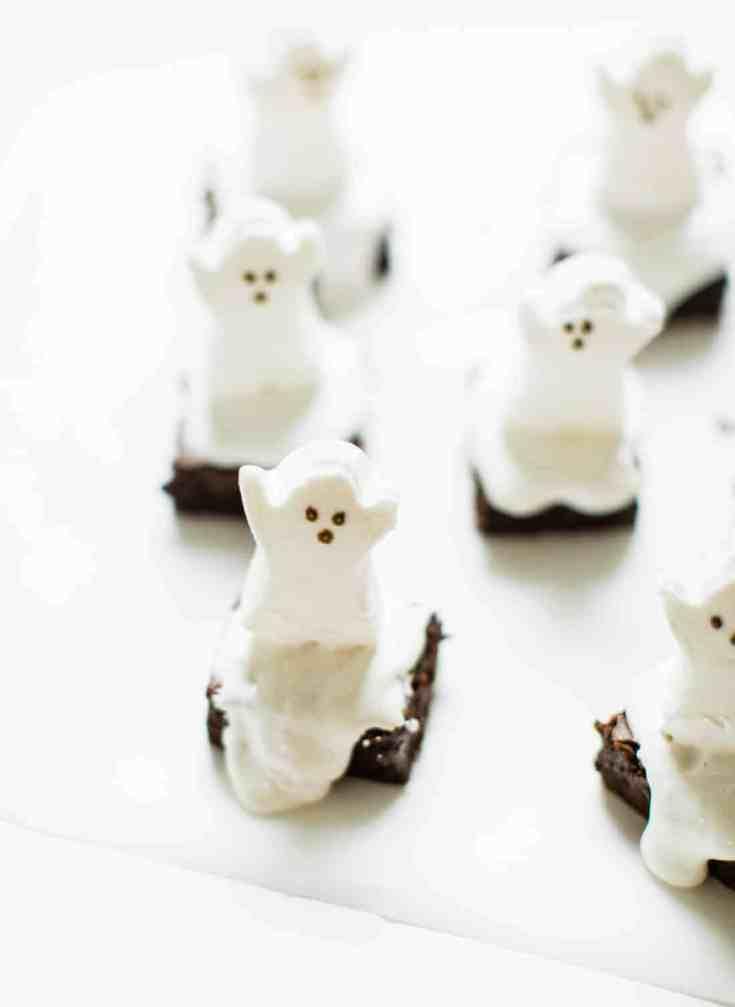 Easy Spooky Ghost Brownies for Halloween