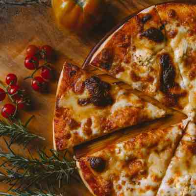 95 Pizza Topping Ideas to Jazz Up Homemade Pizza Night