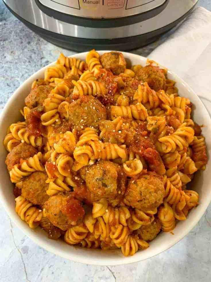 Rotini and Meatballs