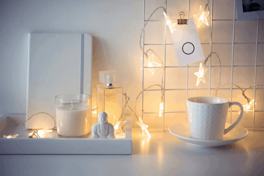 How to freshen up your home on a budget! Free and cheap home upgrades to spruce up your home and make it look nice inside.