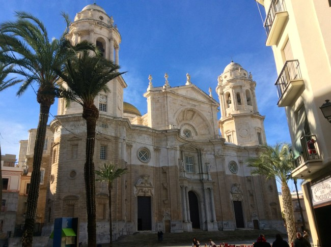 A photo of the facade of the Cathedral Nueva - Cadiz, Spain