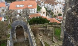 A photo of the castle ruins above the city - Leiria, Portugal