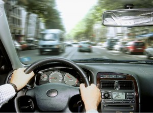 Sehschwächen bleiben oft unerkannt - vor allem bei älteren Autofahrern. Foto: ddp / Auto-Reporter