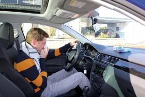Damit Heuschnupfen-Allergiker sicher durch den Verkehrsalltag kommen, gilt es, ein paar Tipps zu beachten. Foto: ARCD.