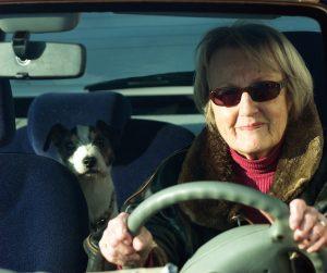 Mobilität im Alter erhalten. Foto: Allianz Deutschland.