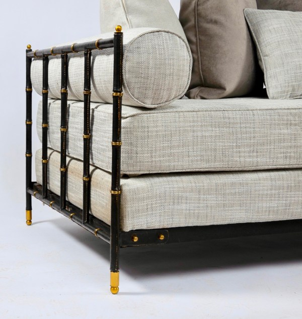 Saddle-stitched black leather daybed by Jacques Adnet - img3