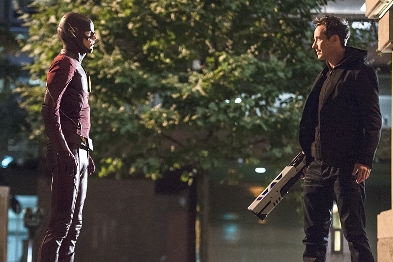 "The Flash -- ""The Fury of Firestorm"" -- FLA204B_0127b -- Pictured (L-R): Grant Gustin as The Flash and Tom Cavanagh as Harrison Wells -- Photo: Cate Cameron /The CW -- © 2015 The CW Network, LLC. All rights reserved."